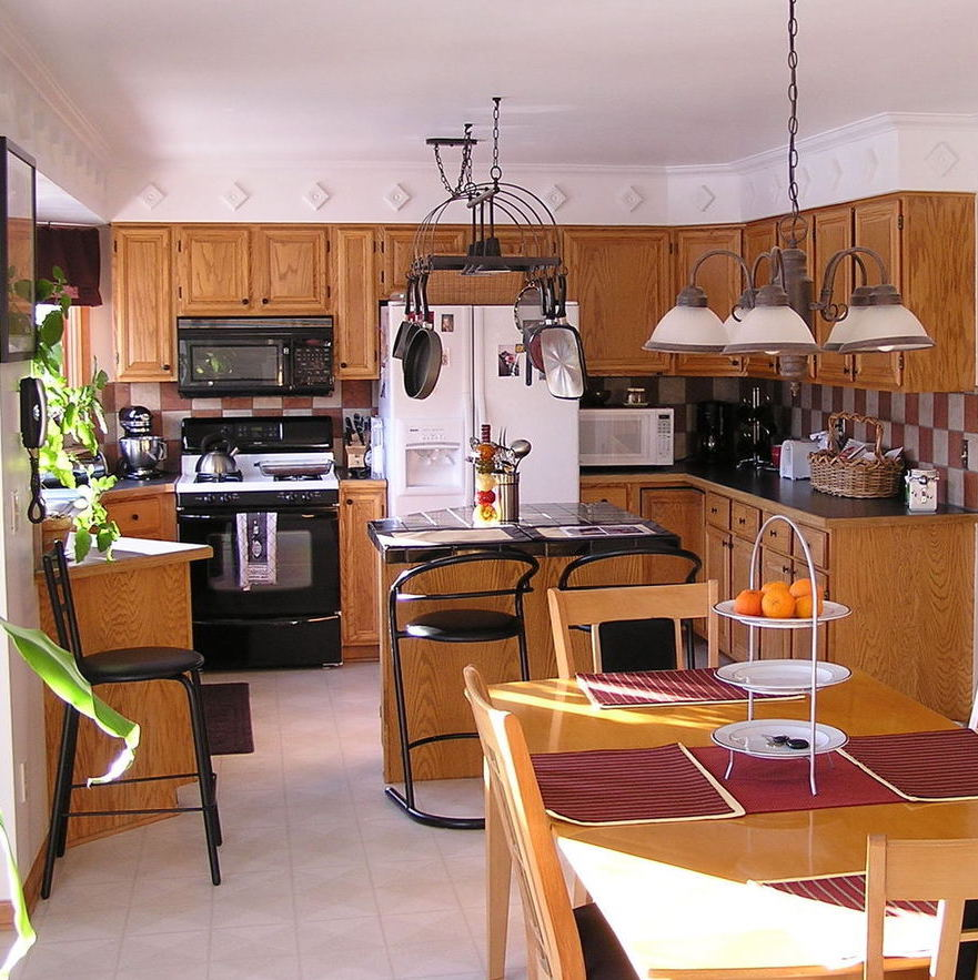 kitchen cabinet premier jsi cabinets com quincy golden quincygold collections jsicabinetry cabinetry